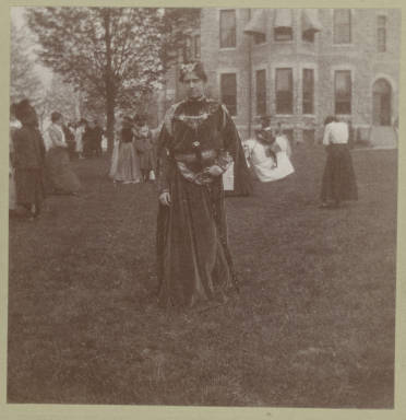 Lucia Holliday, class of 1901